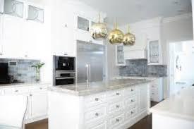 Khloe Kardashian Kitchen Decor Quatrefoil Backsplash 6