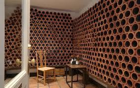 range bouteille en brique construction de votre cave à vin au pays basque
