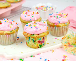Who doesn t love funfetti cupcakes These moist light fluffy vanilla cupcake are bursting with bright rainbow sprinkles and topped with a sweet vanilla