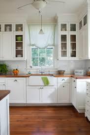 kleine küche mit altem küchenbüfett integrieren