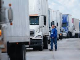 100 Worst Trucking Companies To Work For Its Like Being An Indentured Servant Truck Drivers Reveal