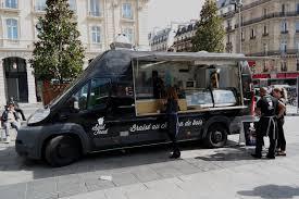 camion équipé cuisine soul food le food truck graffé pour cuisine afro disiaque
