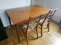ausziehbarer tisch 2 stühle zu verschenken in baden