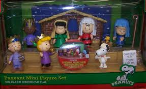 Charlie Brown Christmas Tree Sale Walgreens by Mr Nostalgia Talks About U201ca Charlie Brown Christmas U201d U2026 Toy Lines