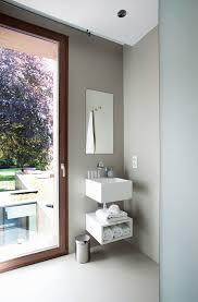hellgrau getöntes designer badezimmer bild kaufen