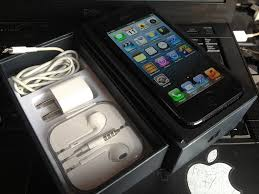 Neatly Used Factory Unlocked iPhone 5 16Gb With Full Accessories