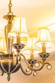 schöne klassische kronleuchter licht le dekoration im wohnzimmer