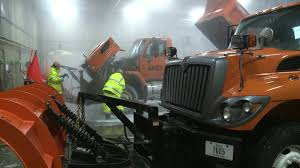 100 Iowa 80 Truck Wash With Winter Weather On The Way DOT Prepping For Conditions Whotvcom