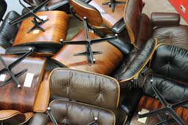 Eames Lounge Shockmount | Humemodern How To Store An Eames Lounge Chair With Broken Arm Rest The Anatomy Of An Eames Lounge Chair The Society Pages Best Replica Buyers Guide And Reviews Ottoman White Edition Tojo Classic Chocolate Leather Vintage Grey Collector New Dims Santos Palisander Polished Black Lpremium Nero All Conran Shop Shock Mount Drilled Panel Repair Es670 Restoration By Icf For Herman Miller Vitra