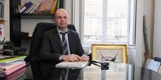 chambre nationale commissaire priseur françois pé la loi macron met en grand danger les