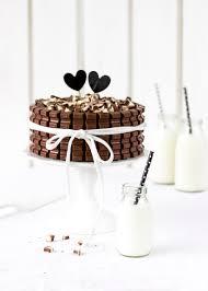 kinder schokolade torte mit beeren eine verlosung s