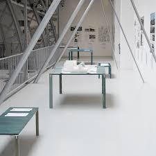 100 Tal Design Table Leibal