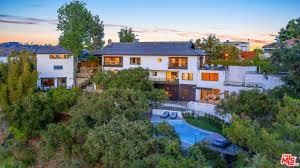 100 Hollywood Hills Houses HOLLYWOOD HILLS