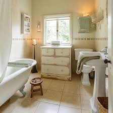 Shabby Chic Bathroom Designs And Inspiration