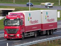 File:Mercedes Truck, FleuraMetz.JPG - Wikimedia Commons