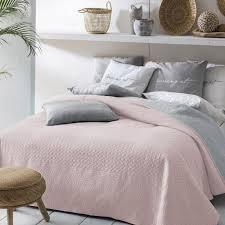 zarte farben bringen ruhe ins schlafzimmer damit passt
