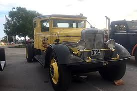 Check Out The Vintage Trucks At The 2018 ATHS Show – Tandem Thoughts