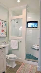 Shabby Chic Master Bathroom Ideas by Best 25 Small Bathrooms Ideas On Pinterest Small Bathroom