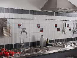 cr ence couleur cuisine fa ence et carrelage mural de cuisine carreaux artisanaux pour