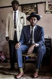 O Estilo De Loux Guru Vintage Da Namibia