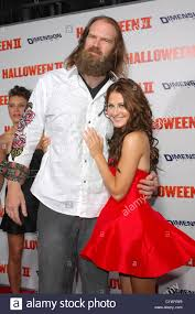 Scout Taylor Compton Halloween 3 by Tyler Mane Halloween Ii Los Stock Photos U0026 Tyler Mane Halloween Ii