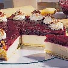 käse sahne torte mit roter grütze