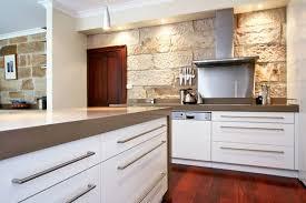 cuisine lannion décoration comptoir de cuisine prix 77 02160722 clic stupefiant