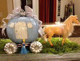 Diy Pumpkin Carriage Centerpiece by Cinderella Pumpkin Carriage My Little Diy For Fun Pinterest