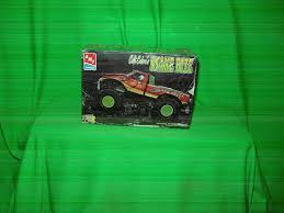 UPC 036881064398 - Vintage 1994 Amt Ertl Colt Cobra's Snake Bite 1 ... Monster Trucks Passion For Off Road Adventure Monster Truck Bodies And Paint Job Suggestion Thread Beamng Image Img 0798jpg Wiki Fandom Powered By Wikia Toy State Rippers Snakebite Truck First Gen Amazoncom Light And Sound Wheelie Monsters Nation Facebook Hot Wheels Bigfoot Vs Snake Bite Volume 2 Ho Marchon Mr1 Big Foot Racing Kris Kopperhead Jan 25 2018 Snake Bite Youtube Rare Htf Ford Mint Out Of Where Are They Now Gene Patterson Bigfoot 44 Inc Remote Control New Bright Industrial Co