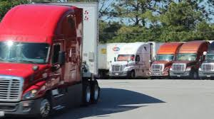 Starting A Career In Trucking - Should You? - YouTube Becoming A Truck Driver For Your Second Career In Midlife Starting Trucking Should You Youtube Why Is Great 20somethings Tmc Transportation State Of 2017 Things Consider Before Prosport 11 Reasons Become Ntara Llpaygcareermwestinsidetruckbg1 Witte Long Haul 6 Keys To Begning Driving Or Terrible Choice Fueloyal How Went From Job To One Money Howto Cdl School 700 2 Years
