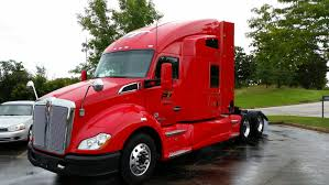 Paper Transport Gets Kenworth's First Full-Production Natuarl Gas ...
