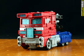 100 Optimus Prime Truck Model Transformers Siege Voyager Review Toybox Soapbox