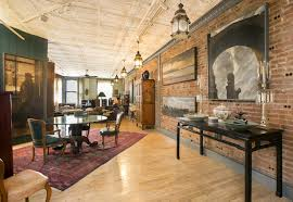 100 Loft 26 Nyc An Unusual Layout And Original Details Paint A Pretty