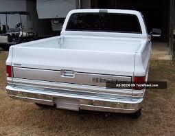 100 1987 Chevy Truck Silverado Fleetside Pickup