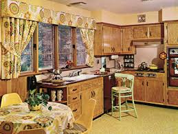 Design Dilemma What Should I Do With A 1970s Kitchen