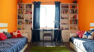Interior Of Light Kids Bedroom For Child Girl Lizenzfreie Fotos