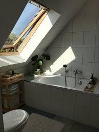 schönes badezimmer in dachgeschosswohnung wohnung wohnung