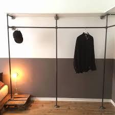 kleiderschrank industrial design maßgefertigte ankleide