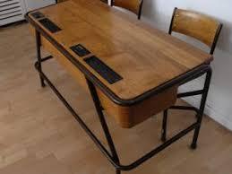 bureau d ecolier pupitre d école et ses deux chaises 1950 par odile vintage