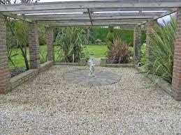 Pea Gravel Patio Plans by Decor Tips Beautiful Garden And Exterior Design Using Pea Gravel