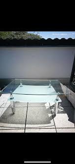 glastisch beistell fernseh wohnzimmer schaufenster milchglas deko