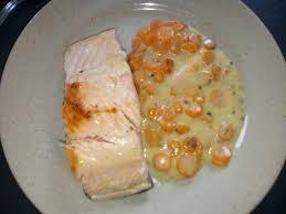 cuisiner pavé saumon pavé de saumon et carottes à la crème au cookéo mes meilleures