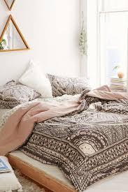 Best 25 Bohemian Bedrooms Ideas On Room