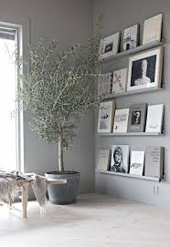 wanddeko wohnzimmer regal 15 künstlerisch fotos
