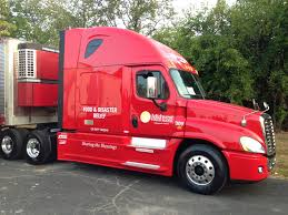 100 Midwest Truck Sales Stoops Freightliner Donates Truck To Food Bank