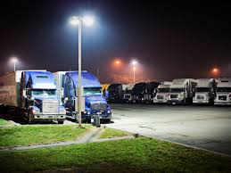100 Phantom Trucks The Of The Truck Stop A True Ghost Story