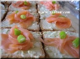 canapés saumon fumé canapã s de saumon fumã au bleu d auvergne cuisine libanaise par