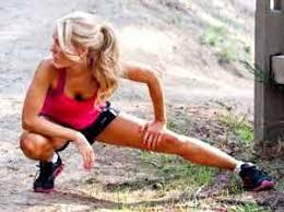 douleur interieur genou course a pied adducteurs 4 étirements anti douleur pour éviter une tendinite