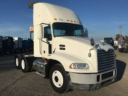 USED 2010 MACK CXU613 DAYCAB FOR SALE IN CA #1230