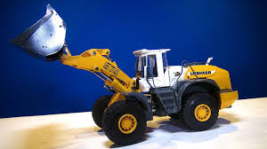 RC Construction Vehicles- A Unique Christmas Or Birthday Present Best Rc Excavators 2017 Ride On Remote Control Cstruction Truck Excavator Bulldozer W Hui Na Toys No1530 24g 6ch Mini Eeering Vehicle Mercedes Cement Mixer Radio Big Boy Dump Rc Dumper 24g 4wd Tittle Cart Engineer 6ch Trucks At Work Intermodellbau Dortmund Youtube Hobby Engine Ming 24ghz Liebherr Wheel Loader And Man Models Editorial Stock Xxl Site Scale Model Tr112 5 Channel Fully Functional With Lights And